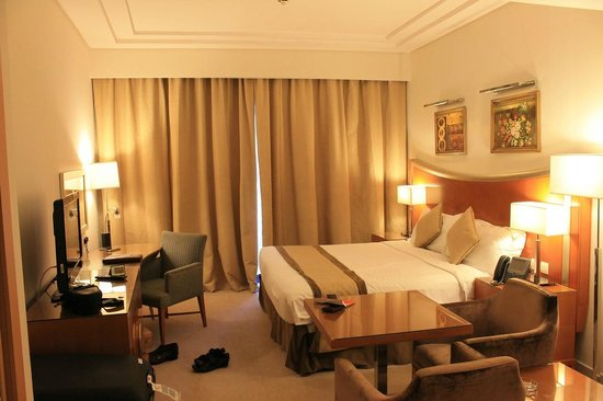 Grand BelleVue : Room