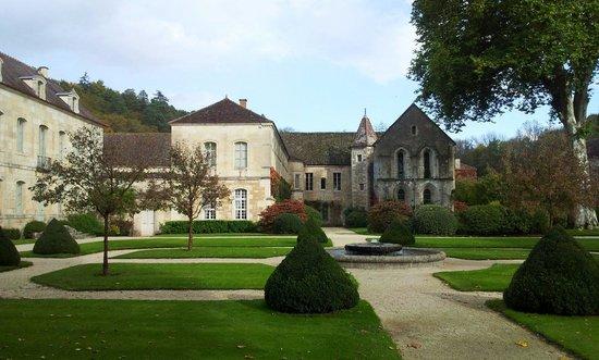 Abbaye de Fontenay: Fontenay