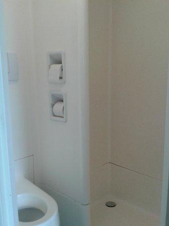 Ibis Budget Le Treport-Mers les Bains : Salle de bain