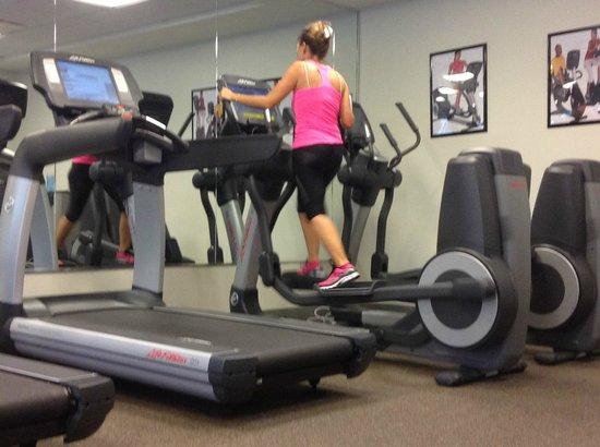 BEST WESTERN PLUS Condado Palm Inn & Suites : Fitness