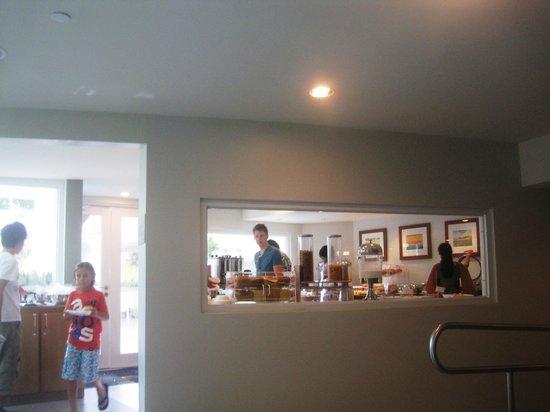 BEST WESTERN PLUS Condado Palm Inn & Suites : Salle des petits déjeuners