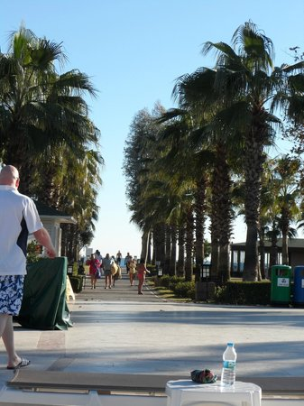 IC Hotels Santai: walkway to the beach