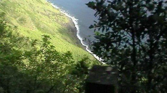 Molokai Mule Ride : Long way down
