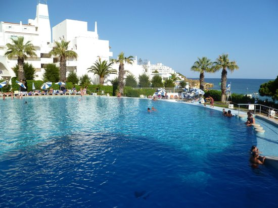 Oura-View Beach Club: Very large pool, clean, spacious and for all the family/couples/groups