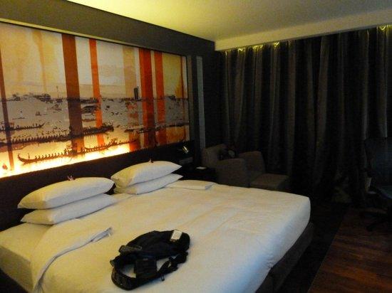Park Plaza Bangkok Soi 18: Room on 7th Floor