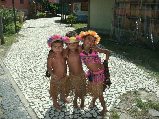 Santa Cruz Cabralia, BA: Crianças indígenas