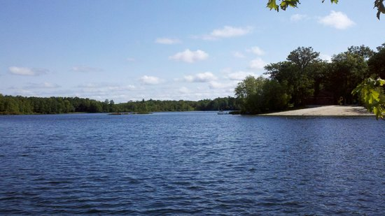 Otter Lake Camp Resort: Lake view