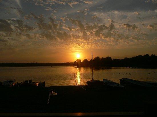 La Paillotte: coucher de soleil