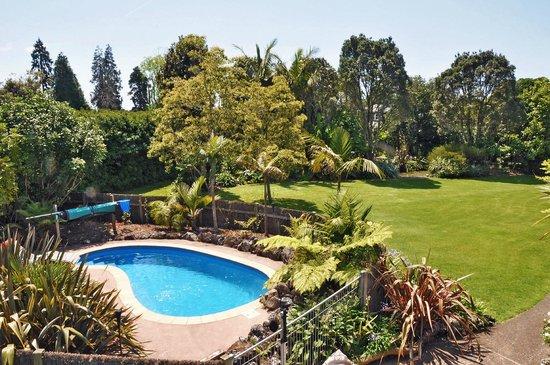 Moon Gate Villa: Swimming Pool and Gardens