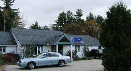 Eastern Inns: The Cut Off Salon & Day Spa