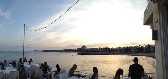 Restaurant del Club Nautic de Sitges: The sunset from our terrace