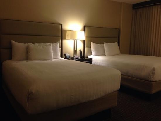 Hyatt Regency Cambridge, Overlooking Boston: Comfortable beds ...