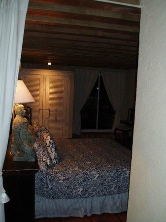 Hotel La Bluette : La suite pour 3, avec accès au balcon donnant sur l'océan