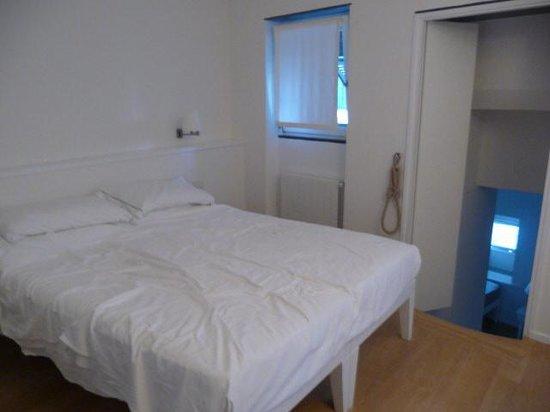 La Mala : Room 26