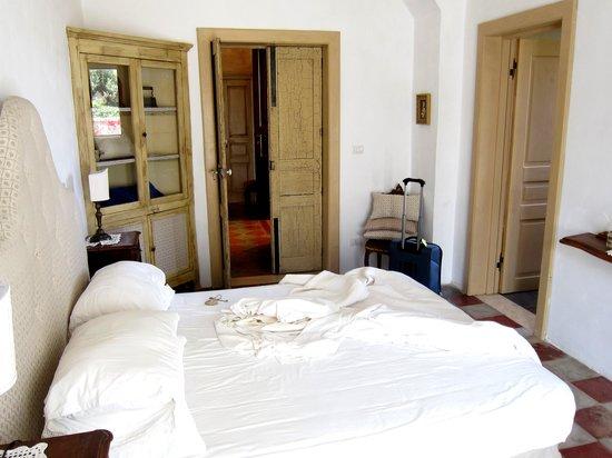 Villa Magnolia: Our room (excuse messy bed)