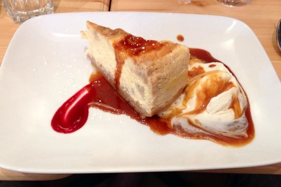 The Cheese Society : Cheesecake with apple