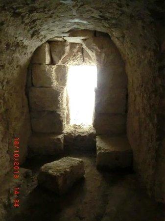 Eurialo Castle: Underground tunnels