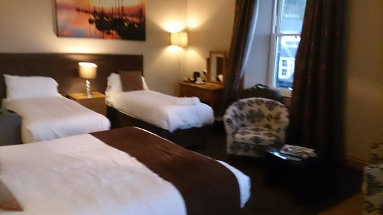 The Harbour House Hotel: Room 4