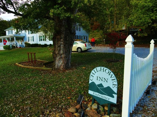 Chilhowee Inn : Entrance to Chilhowee