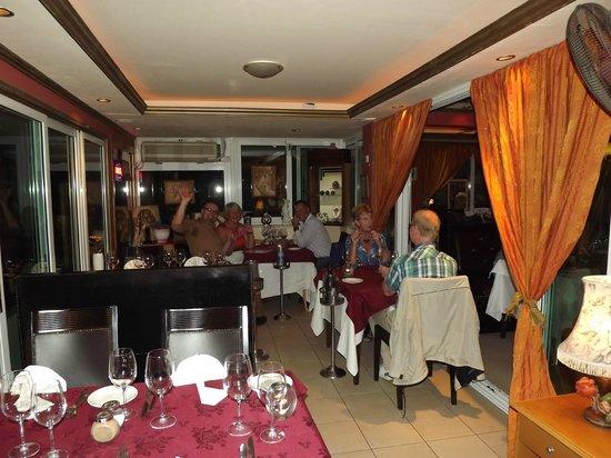 Jordan's: lots of happy diners