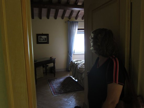 Palazzo Leti Residenza D'Epoca: Another view of our room