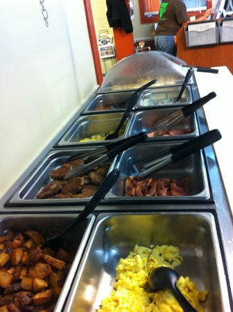 Huntingdon, TN: Saturday Breakfast Buffet