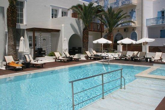 Nissaki Beach Hotel Naxos: Pool
