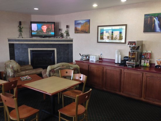 Yuma, CO: Nelson inn lobby