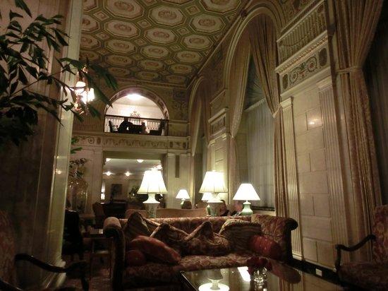 Brown Hotel Lobby Bar: the lobby