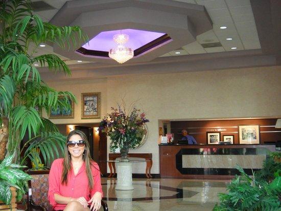 Hampton Inn Orlando - Florida Mall : Recepção e entrada