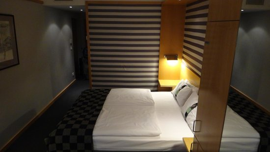 Holiday Inn Vienna City: Double bed room 307