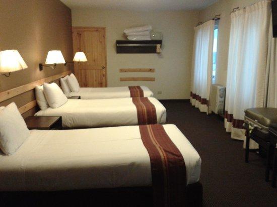 Casa Andina Standard Puno: notre chambre double ...mais triple en fait