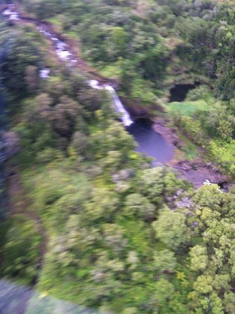 Blue Hawaiian Helicopters - Hilo: Waterfalls
