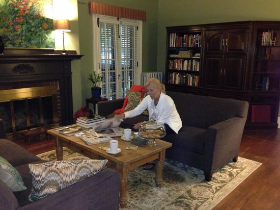 The Lancaster Bed and Breakfast: Mom hanging in the living room