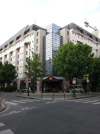 Ibis Bastille Opera : Frente do Hotel