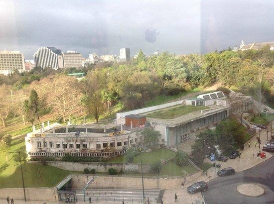 SANA Lisboa Hotel: Vista da janela do quarto!