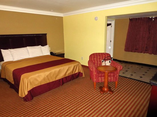 Americas Best Value Inn Downtown: Slaapkamer