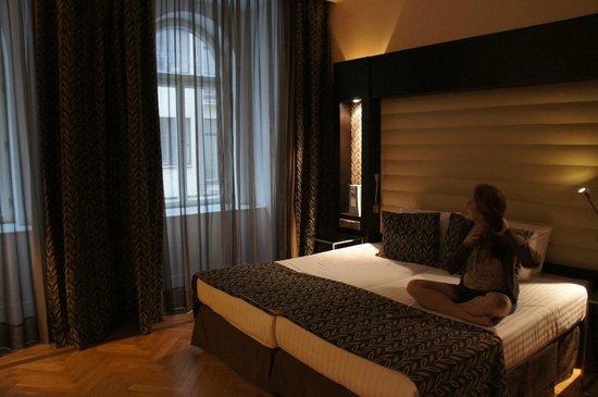Eurostars Thalia Hotel: Quarto limpo e moderno