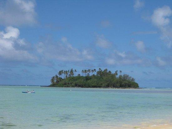 Pacific Resort Rarotonga: The view from the beach restaurant