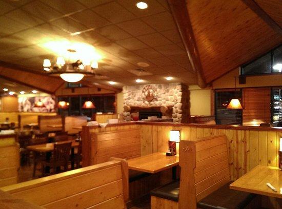 Whiskey Creek Kokomo: Inside