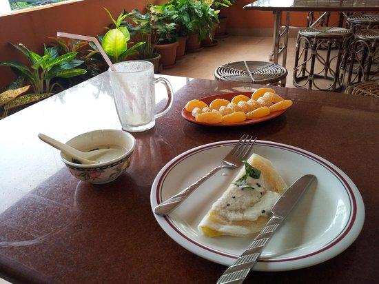 Sajhome: Breakfast...delicious