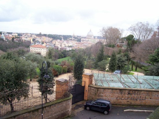 Piazzale Garibaldi: Another view from the hill