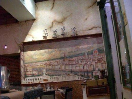 Osteria Panevino: wall mural like Italy