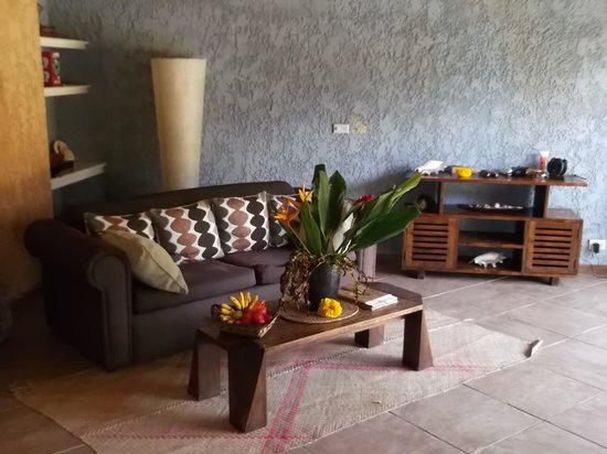 Paradise Cove Resort : Our Lounge