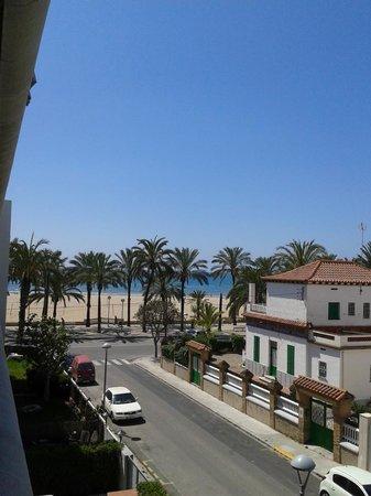 Виланова-и-ла-Жельтру, Испания: vista desde la ventana de nuestro apartamento