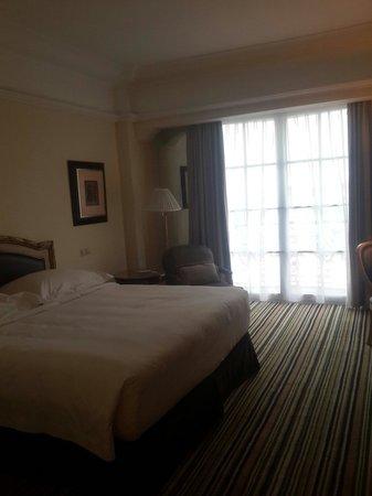 Hotel Gran Mahakam Jakarta: Bedroom