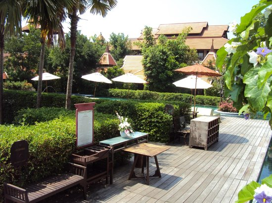 Siripanna Villa Resort & Spa: relaxing grounds