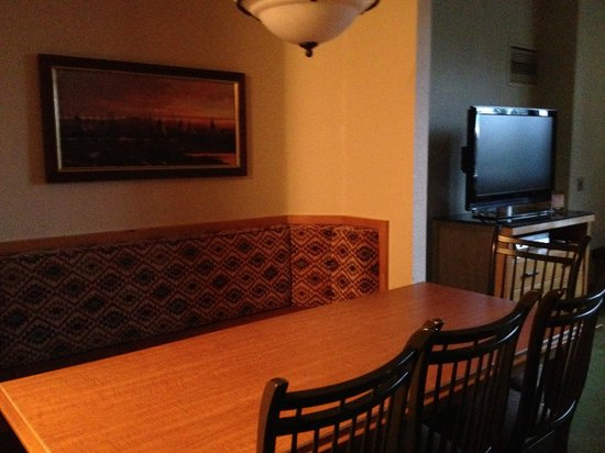 The Steamboat Grand: Dining table in one bedroom condo