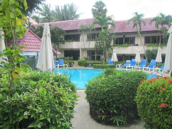 Swiss Palm Beach: Pool