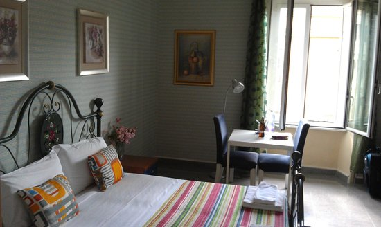 Bed and Breakfast Smart: lovely bright room